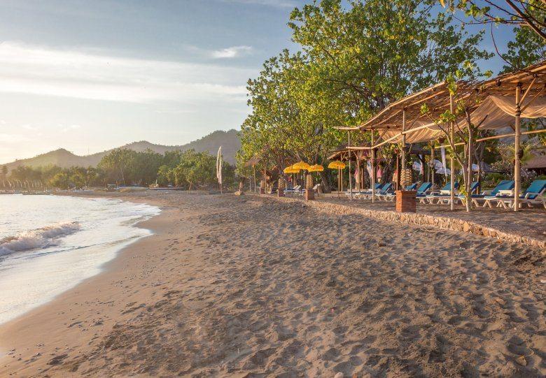 Инфраструктура пляжа Пемутеран на острове Бали