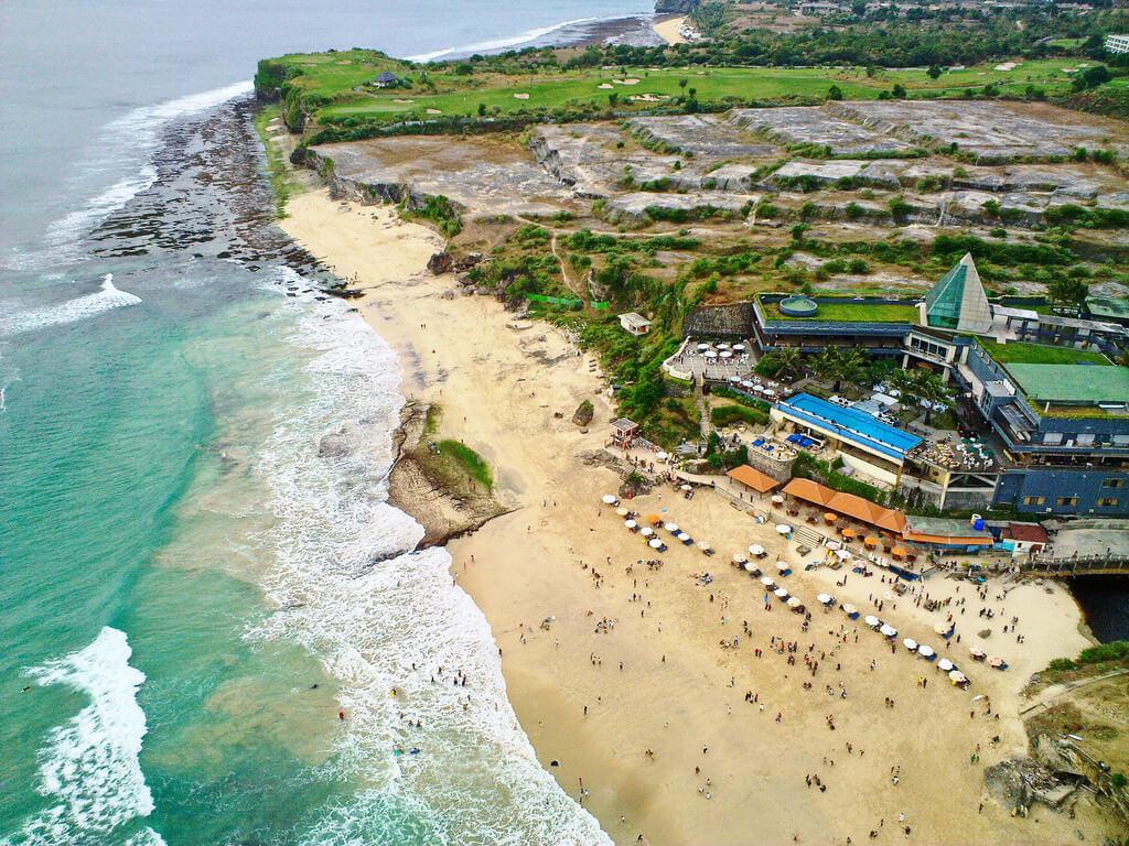 О пляже Дримленд на Бали