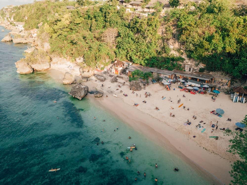 Обзор пляжа Паданг Паданг на Бали